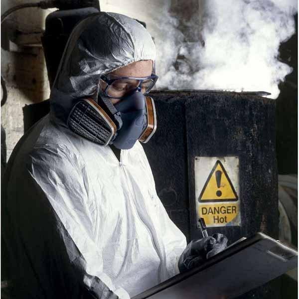 Mscara 3M ref 7502 para proteccin respiratoria media cara