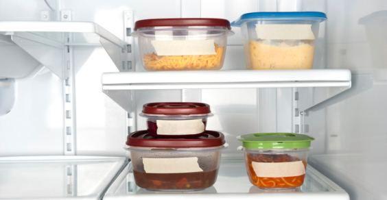 Plastica e alimenti: come riconoscere le materie quelle da non usare mai