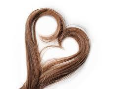 Come lavarsi i capelli senza shampoo: no poo