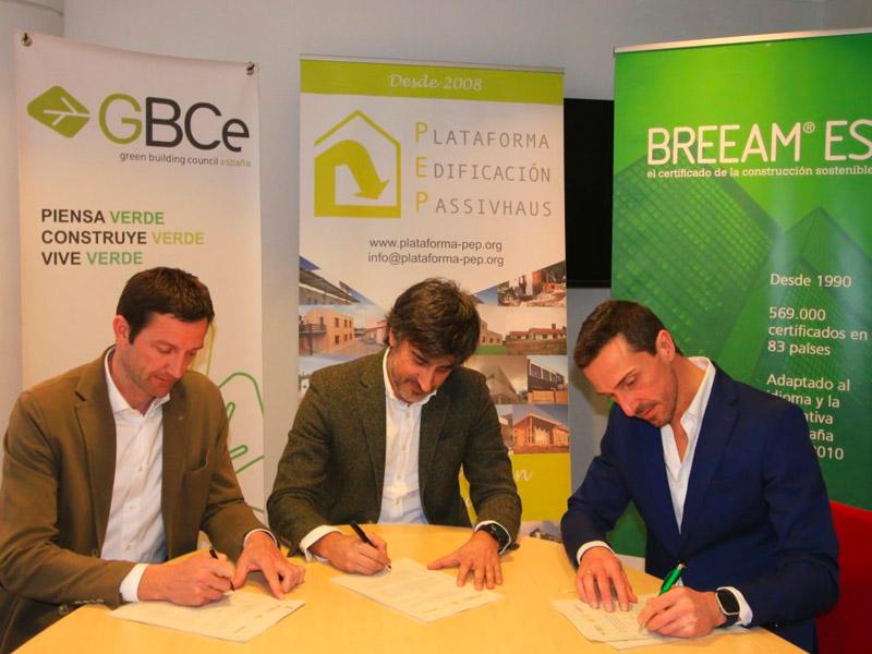 Las tres principales certificaciones de construcción sostenible aúnan fuerzas para elaborar un plan de formación conjunto