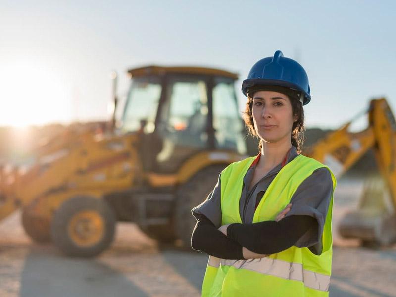 Las mujeres representaron el 8,2% de los trabajadores de la construcción en 2020, 0,7% menos que en año anterior, retrocediendo a niveles registrados entre 2011 y 2012.