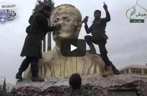 patung hafez al assad
