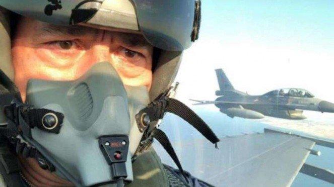 VIVA Militer: Menteri Pertahanan Turki, Jenderal Hulusi Akar