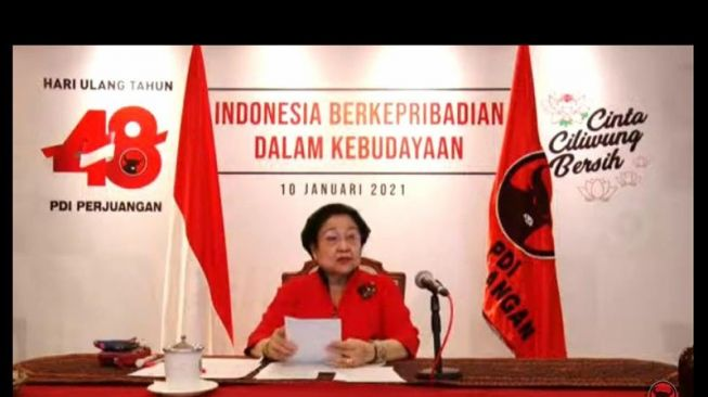 Megawati Bilang Rakyat Indonesia Jorok, Gus Umar: Kadermu Jorok Luar Biadab