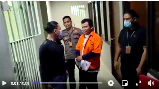 Suara Gus Nur dari Penjara: Sidang Tak Layak Dilanjutkan!