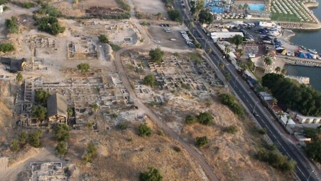 Lokasi penemuan masjid di Tiberias, yang diyakini berasal dari abad ke-7.
