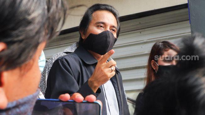 Pedas! Roy Suryo soal Pesawat RI 1 Dicat Ulang: Seperti Anggap Semua Masyarakat Bodoh