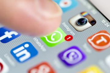 Bisa Terjadi Pada HP Siapa Saja, Ternyata Ini Tanda WhatsApp Kita Sedang Dibajak Orang Lain, Begini Cara Mengatasinya! - Semua Halaman - HIts