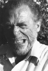 Extraña expresión de Charles Bukowsky