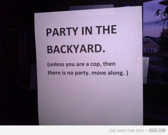 Ceci n'est pas une fête - party sign - Ceci n'est pas une fête