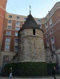 Torre Negra (primera muralla) Ciudades flamencas, ciudades amuralladas - DSC 0115 227x300 - Ciudades flamencas, ciudades amuralladas
