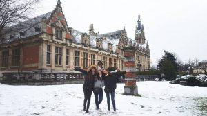 img_5647 La nieve se acomoda en las calles de Bruselas - IMG 5647 300x169 - La nieve se acomoda en las calles de Bruselas