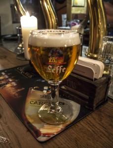 pub2_3 Todo sobre la cerveza – Pub crawl - pub2 3 229x300 - Todo sobre la cerveza – Pub crawl