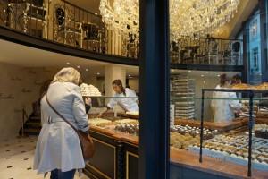 Pastelería Aux Merveilleux Pastelería Aux Merveilleux - 8 1 300x200 - Pastelería Aux Merveilleux