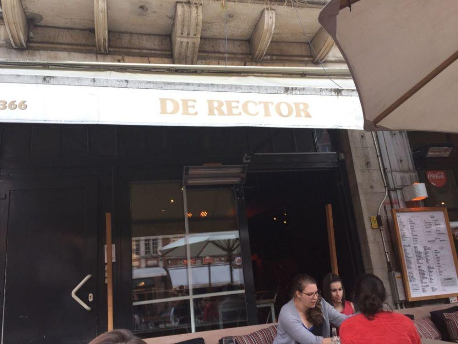 De Rector De Rector: para una cerveza y tapas con amigos - De Rector - De Rector: para una cerveza y tapas con amigos
