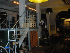ruta temática: bares de gante - red15 300x226 - Ruta temática: Bares de Gante