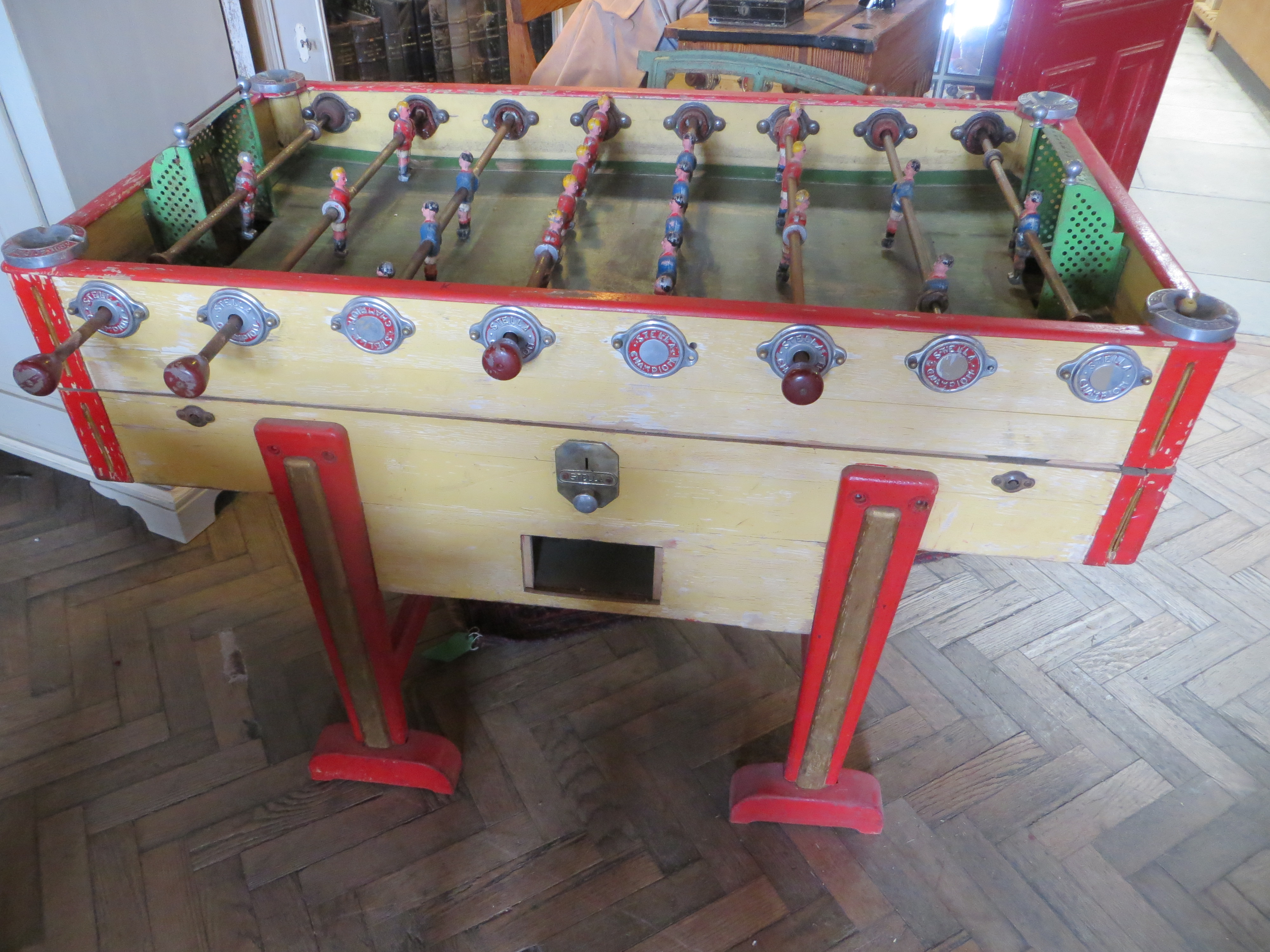 RARE MODEL ANTIQUE 1930S FRENCH STELLA ARTOIS CHAMPIONSHIP TABLE FOOTBALL BABY FOOT Eras Of