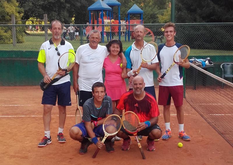 Tennis Club Erba un successo il torneo con le racchette vintage  Erbanotizie