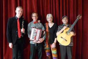 Romantische en ritmische muziek in 't Brewinc @ Senioren Ontmoetingspunt in 't Brewinc