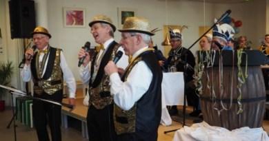 Carnaval voor senioren in 't Brewinc