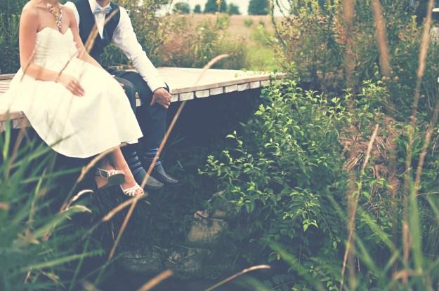 CC0 - mariage pied pont campagne champêtre