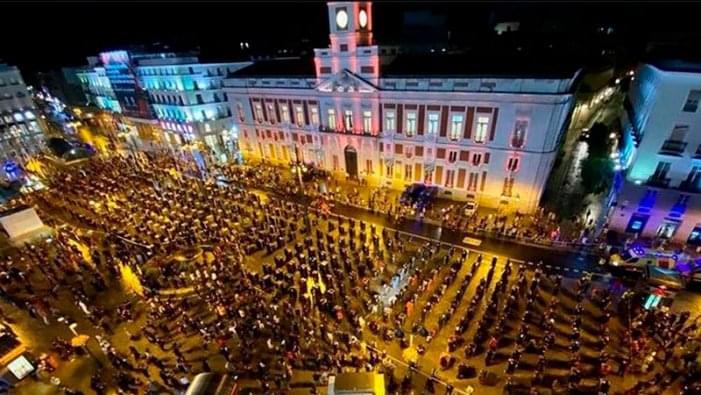 Ισπανία: Οι εργαζόμενοι στην ψυχαγωγία βγαίνουν στους δρόμους
