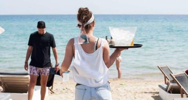 Χωρίς τα 534 ευρώ μένουν οι εργαζόμενοι στον τουρισμό!