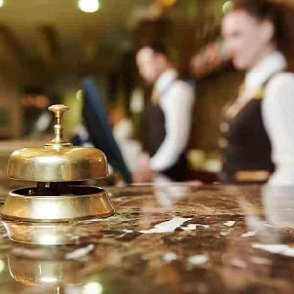 Οριστικά χωρίς εισόδημα θα μείνουν πάνω από 85.000 εποχικά εργαζόμενοι στον κλάδο του τουρισμού!