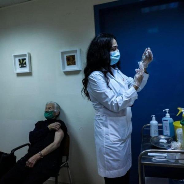 Παραίτηση βόμβα στον ΕΟΦ για το εμβόλιο της Astrazeneca