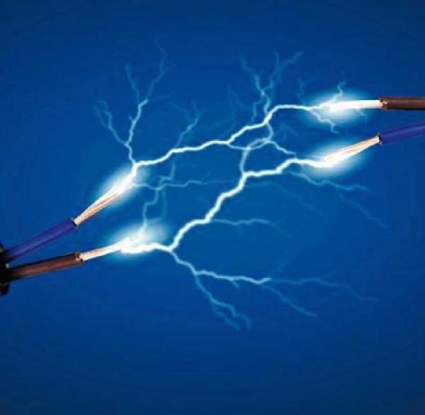 Ηλεκτροσόκ-Αυξήσεις έως και 50% στους λογαριασμούς ρεύματος