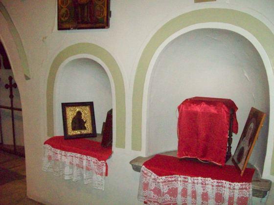 13-Edirnekapı Aya Yorgi Kilisesi Apsisin içinde Bema Duvarında Doğudaki Nişler