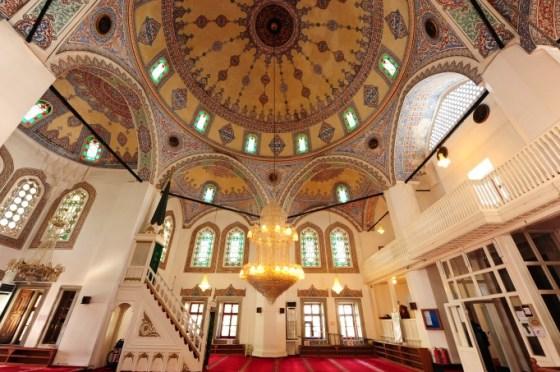 Molla Çelebi Camii kuzeydoğudan mahfile bakış