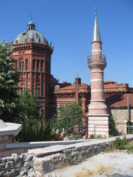 Mesnevihane camii minaresi