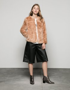How to Stylishly a Color Faux Fur