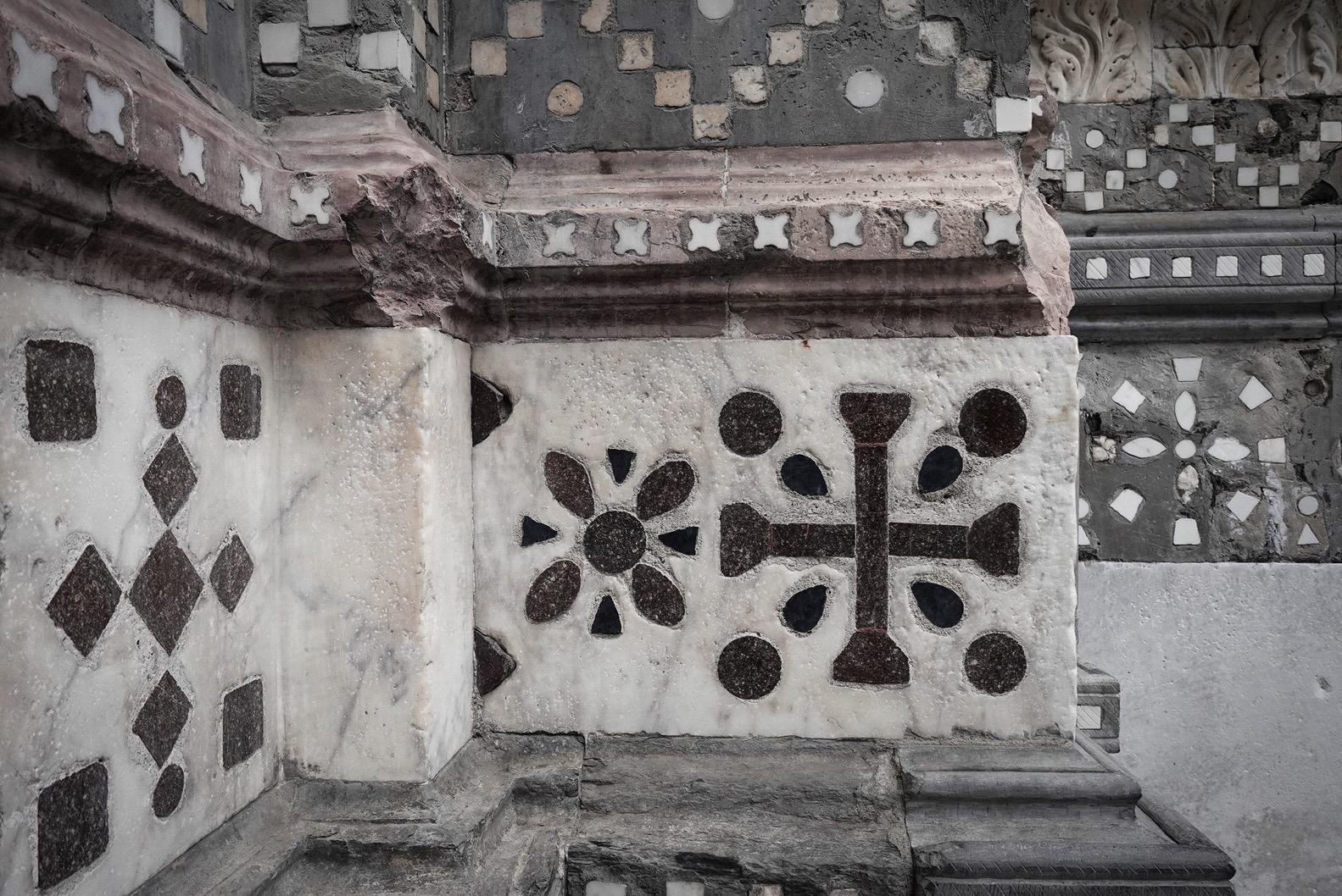 Gevel van de San Lorenzokathedraal (detail), Genua