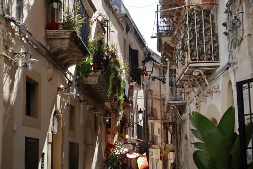 Straatje in Ortigia, Siracuse