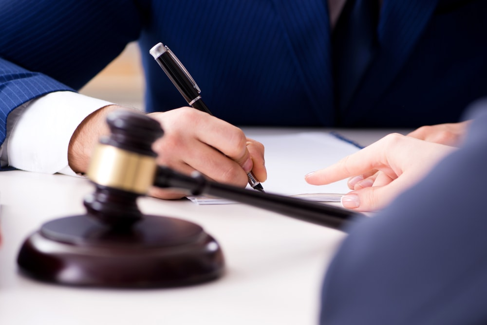 Top 3 Tips For Selecting The Right Criminal Defense Lawyer