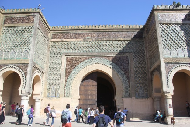Baab al-Mansour, a beautiful and enormous doorway in the old walls of Meknes.
