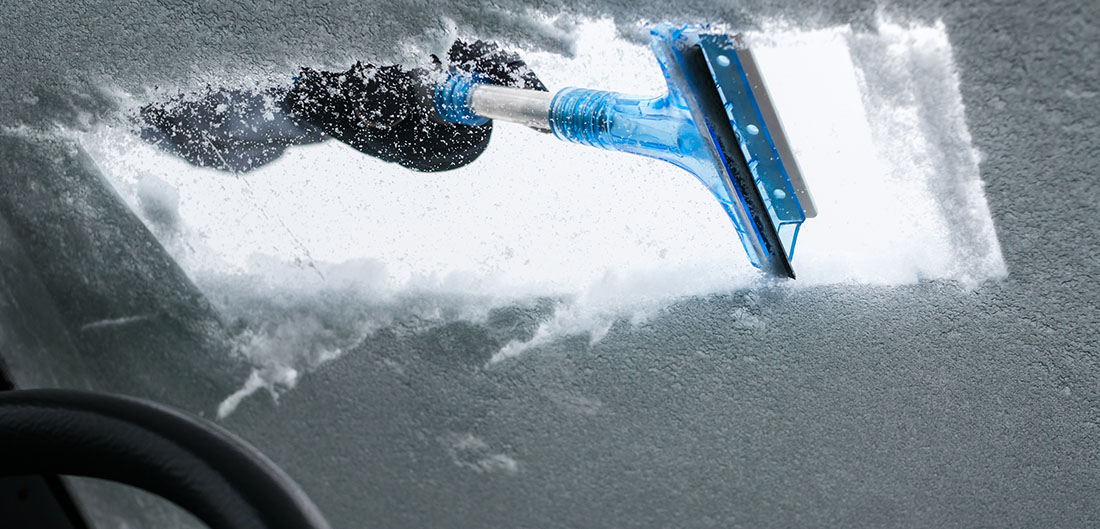 14 Hacks to Deal with Snow and Ice on Your Car