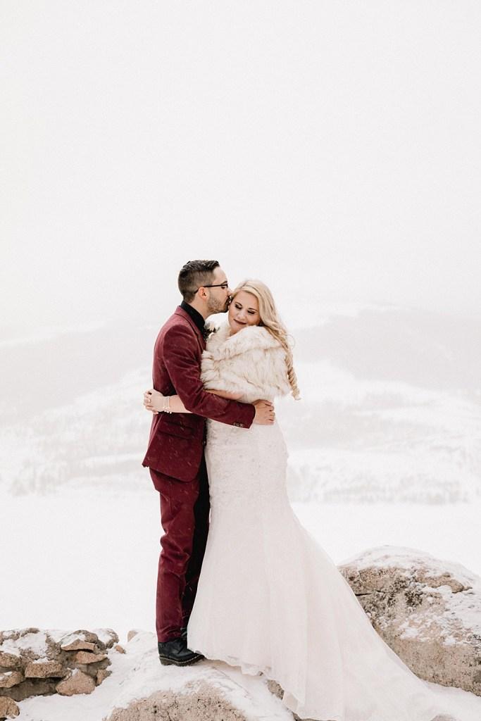 Romantic elopement photos at Sapphire Point