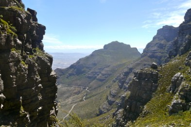 hike-up-table-mountain
