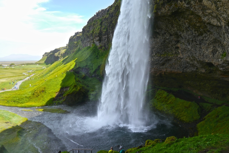 seljelandsfoss-waterfall-icelands-southern-coast