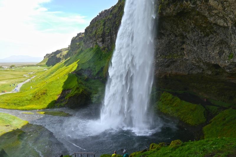 seljelandsfoss-waterfall-icelands-southern-coast