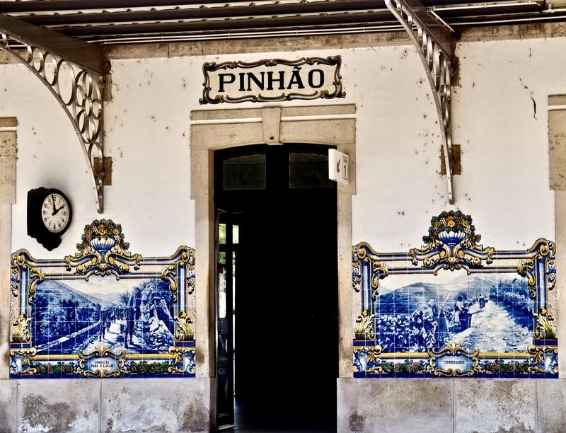 Azujuelo Tiles, Pinhao Station