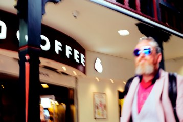 Fuji, Fujifilm, Street, Street Photography, Urban, unfocus, moving, blurred, blur, Sharpness is a Bourgeoise Concept