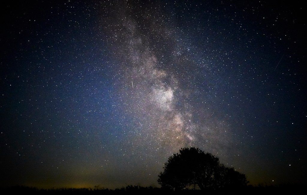 Would you like to photograph the milky way?