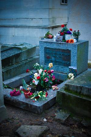 Morrison's grave at Père Lachaise