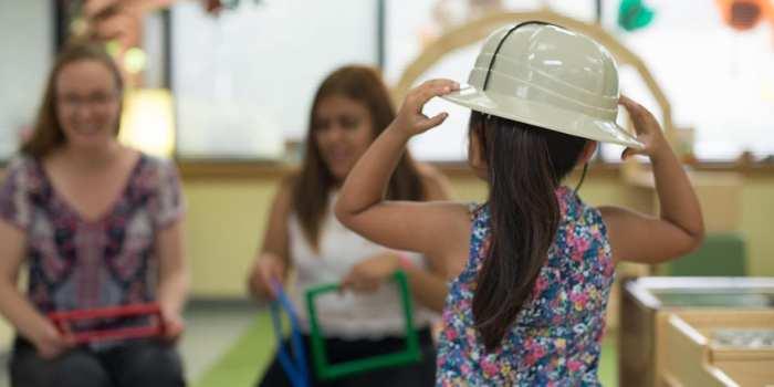 girl-in-hat