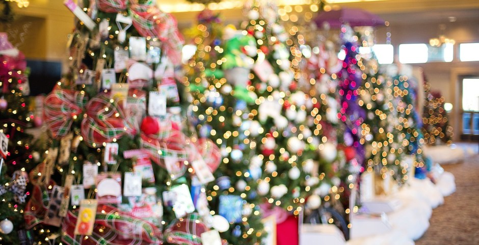 Tips for Saving Money Towards Christmas