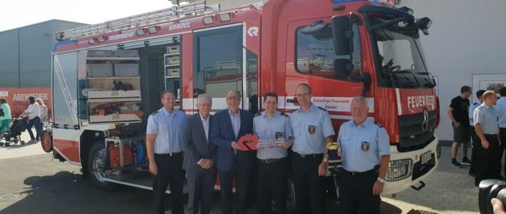"""Einweihung des neuen Feuerwehrfahrzeuges beim """"Tag der offenen Tür der FF Kandel"""""""